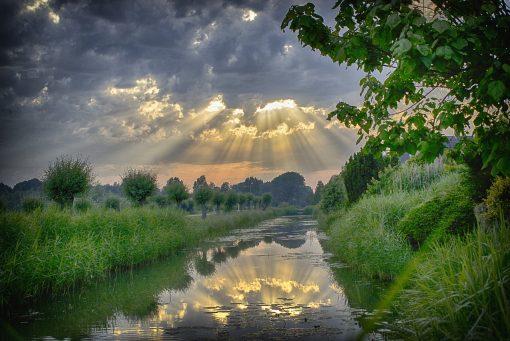 Po burzy najjaśniej świeci słońce