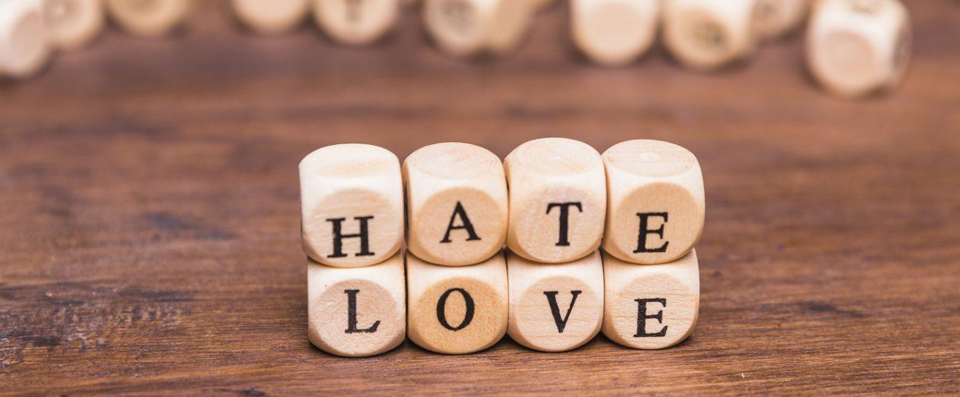 Tak Cię love you, że aż hate you